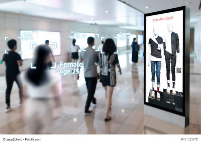 digital pantalla de peatones